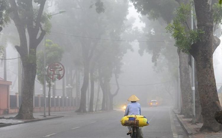 Hà Nội có mưa nhỏ; trời chuyển rét với nhiệt độ thấp nhất phổ biến 13-16 độ. Ảnh: VOV