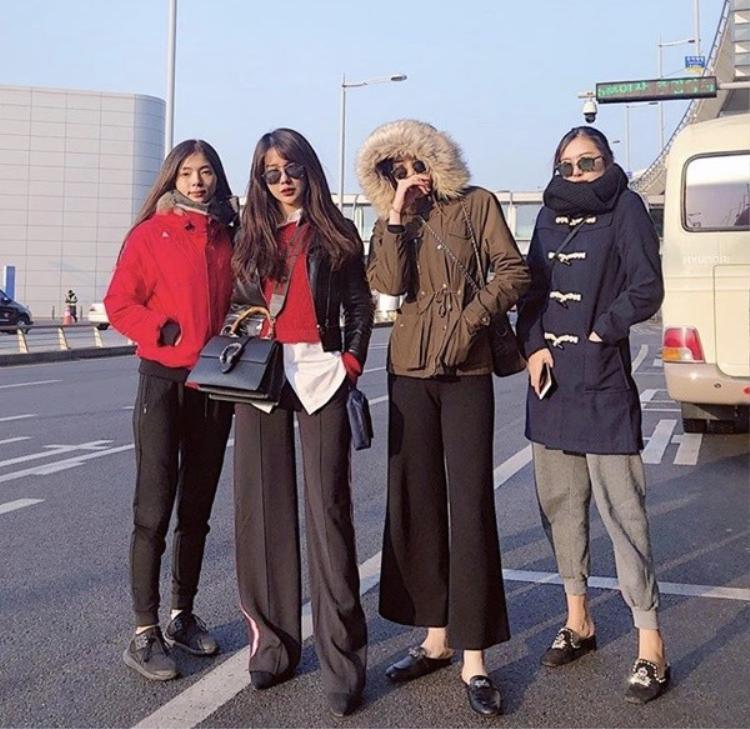 Hoa hậu Kỳ Duyên cũng có chuyến du xuân đầu năm cùng bạn bè thân thiết của mình là Diệp Lâm Anh và hotgirl Hà Lade.