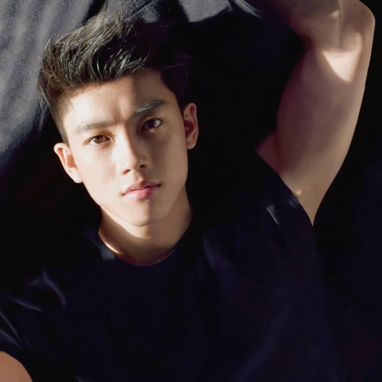 Profile siêu khủng của Chris Khoa  hotboy vừa trở thành cố vấn Bộ Tài Chính ở tuổi 24!
