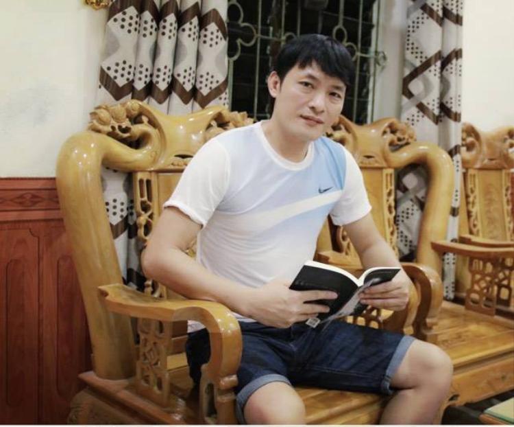 Tác giả Song Hà.