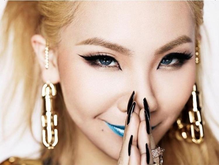 CL tuổi 27: Đẳng cấp chị đại soán ngôi đấng mày râu Kpop