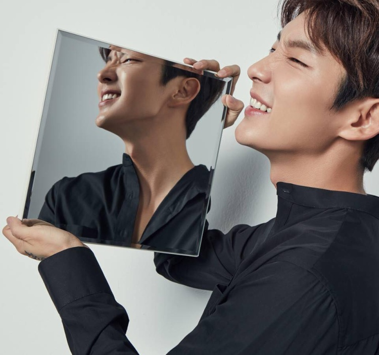 """Lee Jun Ki giờ đã là diễn viên thực lực của Hàn Quốc sau những thành công mang tính tiền đề ở """"Nhà vua và Chàng hề""""."""