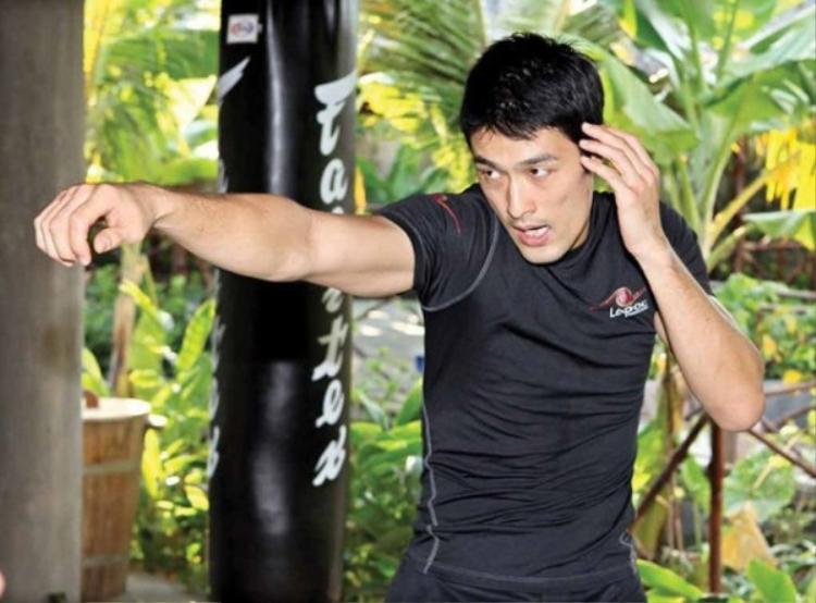 Nam diễn viên võ thuật Johnny Trí Nguyễn.