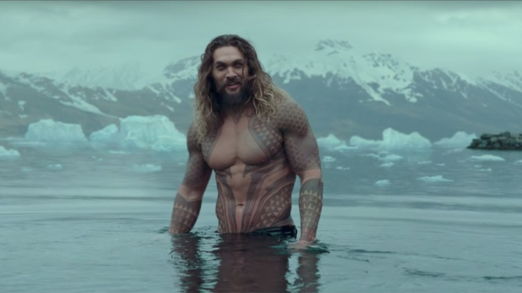 Fan của vũ trụ điện ảnh D.C không thể nào quên tạo hình đầy cuốn hút của chàng ngư nhân Aquaman.