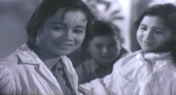 Lời tiễn biệt cố NSND Tuệ Minh  Đóa hồng xinh đẹp phóng khoáng của điện ảnh Việt