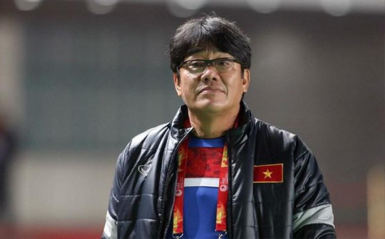 """Trưởng đoàn Dương Vũ Lâm - """"thần tài"""" của bóng đá Việt Nam trong nhiều năm qua."""