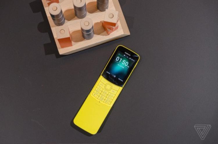 Tổng thể thiết kế chiếc Nokia 8110 phiên bản mới.