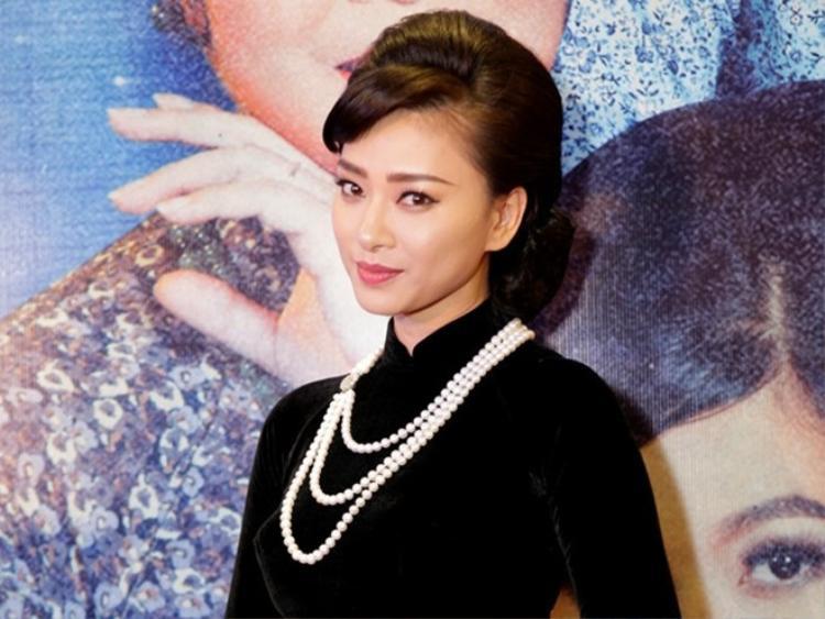 Gần đây nhất khi xảy ra ồn ào về vụ livestream lén bộ phim Cô Ba Sài Gòn, tuy gánh lấy áp lực từ nhiều phía nhưng sau khi xem xét hoàn cảnh đối tượng, Ngô Thanh Vân vẫn quyết định chấp nhận lời xin lỗi và cho cơ hội sửa sai.