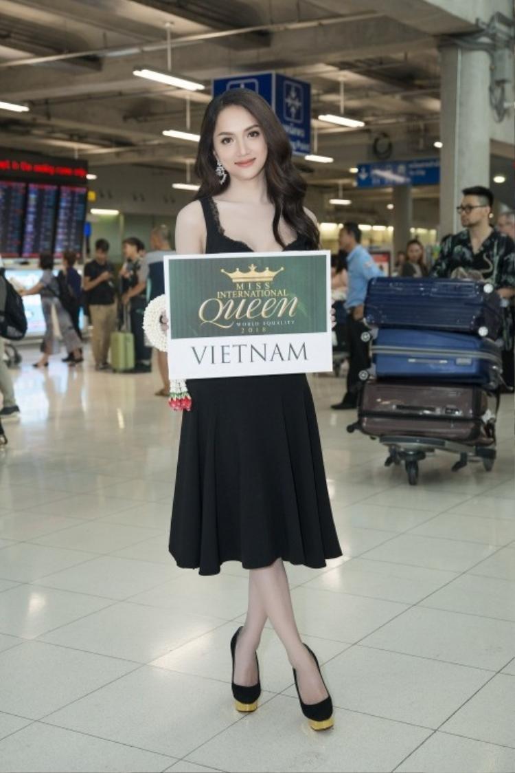 Hương Giang Idol tự tin khoe tiếng Anh trôi chảy tại Hoa hậu Chuyển giới Quốc tế 2018