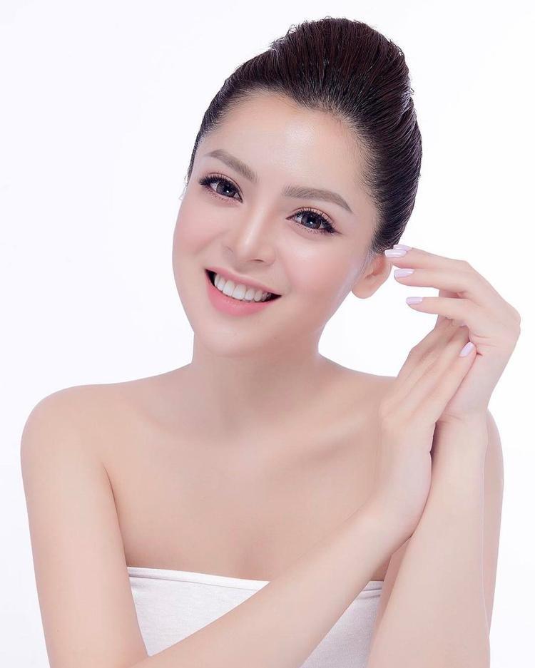 Bạn gái tin đồn của Soobin Hoàng Sơnnhận được nhiều lời khen ngợi vì có diện mạo xinh đẹp như búp bê, phong cách gợi cảm.
