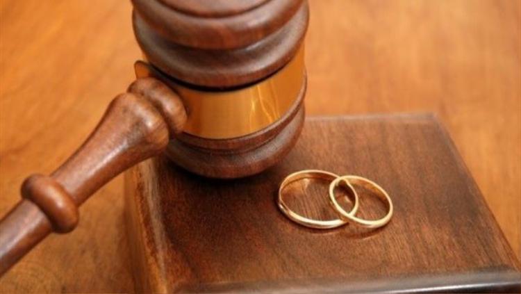 Do chồng quá bủn xỉn, Sameeha đã đâm đơn ly hôn ra tòa sau 40 ngày cưới.