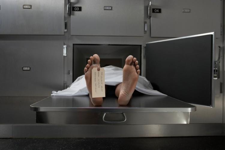 Sau khi chết, tóc và móng tay của con người sẽ không thể dài ra.