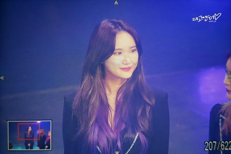 Không chỉ Hani, việc cô nàng rapper LE cũng nhuộm tím chân tóc càng khiến các fan chắc chắn rằng ngày EXID comeback với đội hình 5 người sắp tới gần.