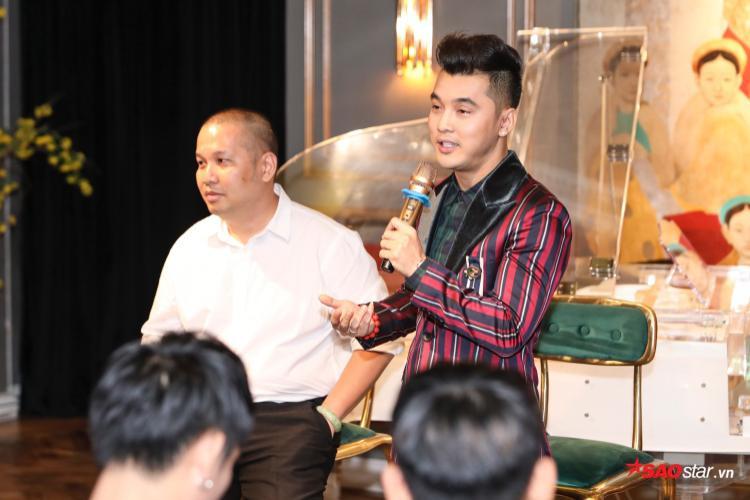 """Bên cạnh đó, Ưng Hoàng Phúc cũng chia sẻ: """"Nếu không mời được anh Quang Huy, Phúc sẽ không làm liveshow này. Khi mời được anh tham gia hợp tác, với Phúc đó là một nửa của sự thành công""""."""