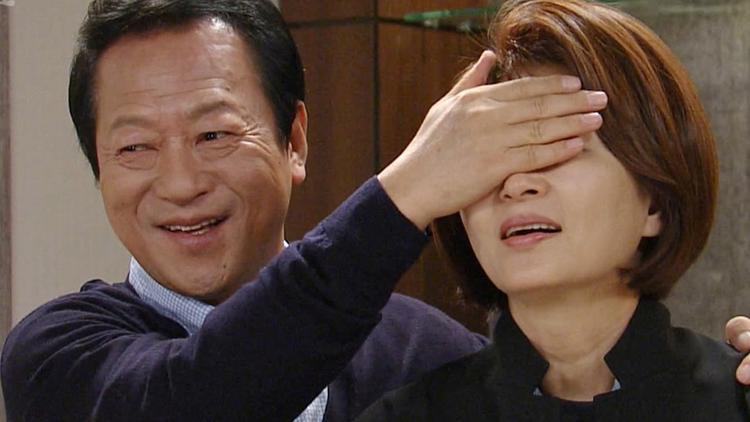 Trước khi bị phát hiện là yêu râu xanh, những ngôi sao này từng là cổ thụ của màn ảnh Hàn Quốc (P.1)