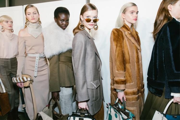 7 bộ sưu tập xuất sắc nhất Tuần lễ thời trang Milan