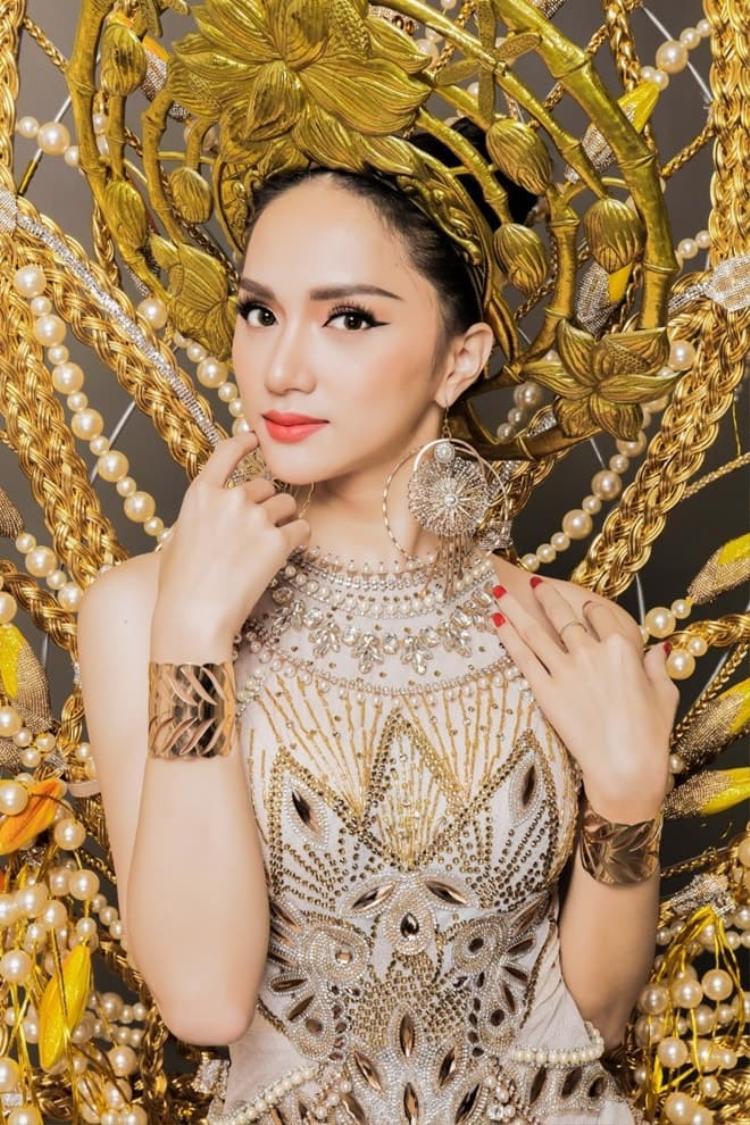 Hương Giang Idol đang là ứng cử viên sáng giá tại Hoa hậu Chuyển giới Quốc tế 2018.