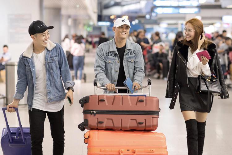 Lâm Vinh Hải và Linh Chi vừa có chuyến du lịch Hàn Quốc cùng nhau.