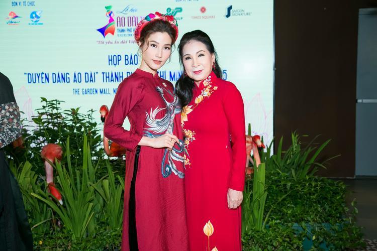Diễm My và NSƯT Kim Xuân.