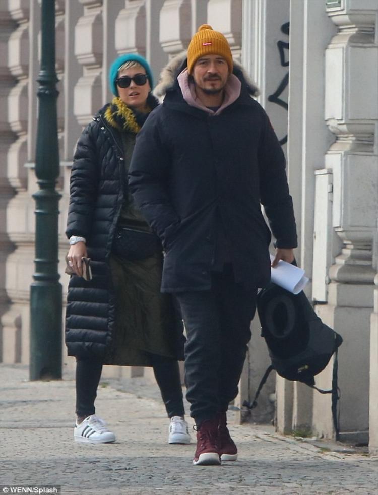 Katy Perry  Orlando Bloom hạnh phúc dạo phố giữa tin đồn tái hợp