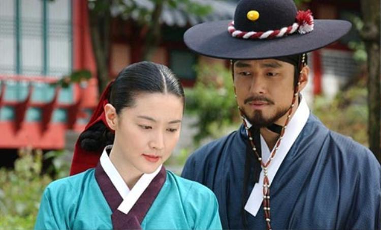 Nàng Dae Jang Geum - Jewel In The Palace dùng cách trang điểm trong veo, khá nhẹ nhàng