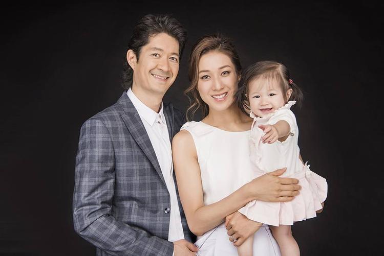 Chung Gia Hân tuyên bố kết thúc hợp đồng với TVB, tiết lộ đang mang thai con thứ hai