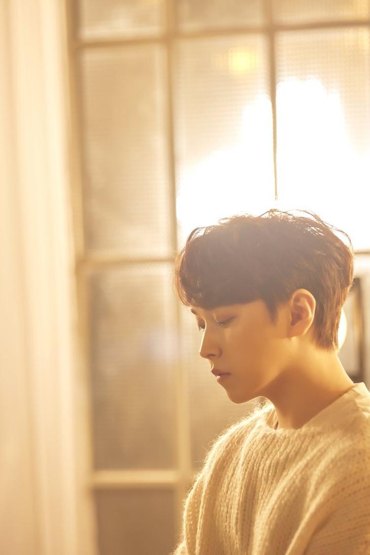 Đến thời điểm hiện tại, anh vẫn chưa có cơ hội quảng bá cùng Super Junior.