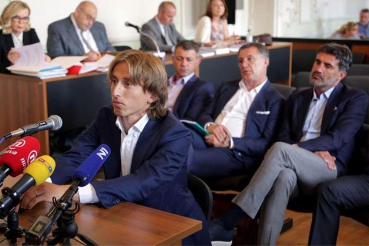 Modric có nguy cơ phải ngồi tù 5 năm vì tội khai man.