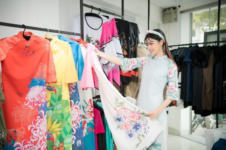 Á hậu Thanh Tú cũng góp mặt trong showAsian Kids Fashion Week 2018 sắp tới.