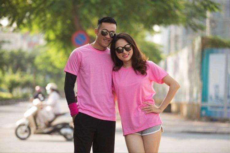 Năm 2014, Hương Giang Idol tiếp tục tham gia show truyền hình thực tế Cuộc đua kỳ thú. Đứng bên cạnh bạn cùng đội, Hương Giang xinh đẹp, nhỏ nhắn và vô cùng đáng yêu. Cô nhận được lời khen về nhan sắc ngày càng ngọt ngào, nữ tính.