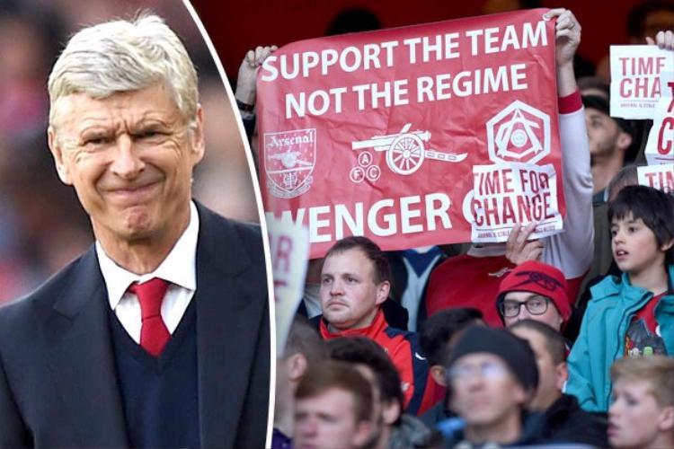 HLV Wenger đang bị fan Arsenal trên toàn thế giới tẩy chay.