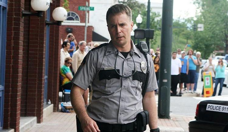 Ngoài người mẹ đầy bản lĩnh, nhân vật anh cảnh sát Jason Dixon cũng là cái tên sáng giá nhận giải Oscar.