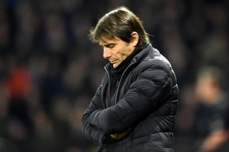 Là thuyền trưởng, Conte cũng phải nhận trách nhiệm cho phong độ nghèo nàn của Chelsea
