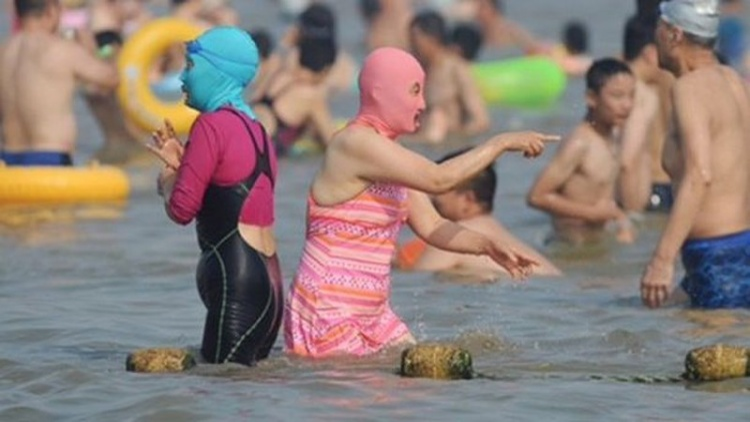 Ơn giời, bộ bikini dành cho hội gái ngoan không muốn bị bạn trai đá đây rồi!