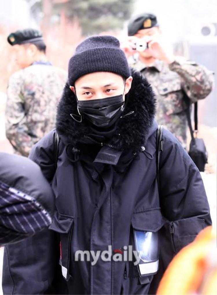Trưởng nhóm G-Dragon lên đường nhập ngũ vào ngày 27/2.