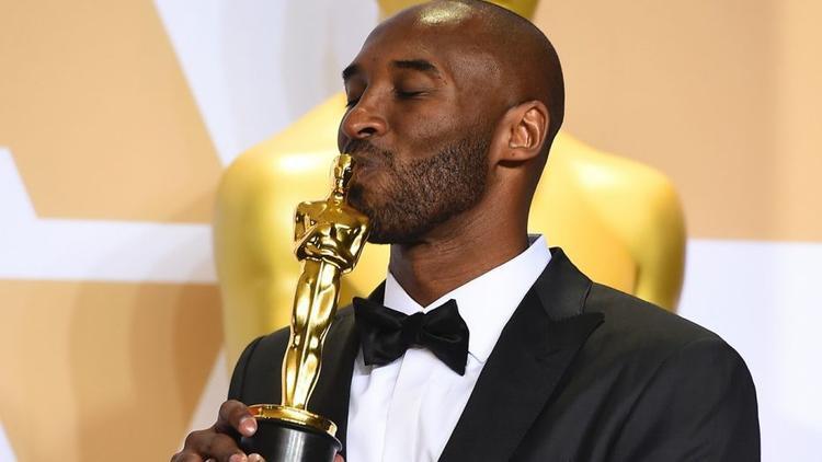 Oscar 2018 bị chỉ trích nặng nề khi trao giải thưởng cho kẻ từng có lùm xùm xâm hại tình dục