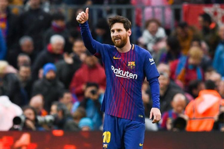 Ít giờ sau khi anh trai bị bắt, Messi tỏa sáng giúp Barcelona hạ Atletico Madrid.