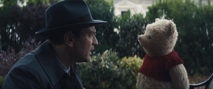 Chào mừng đã đến với thế giới live-action của Pooh.