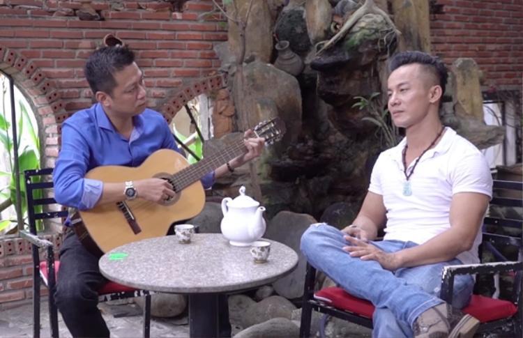 Cả hai giọng ca tài năng đang tập luyện cho vòng Thách đấu.