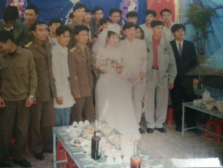 Đám cưới của bố mẹ thời xưa.