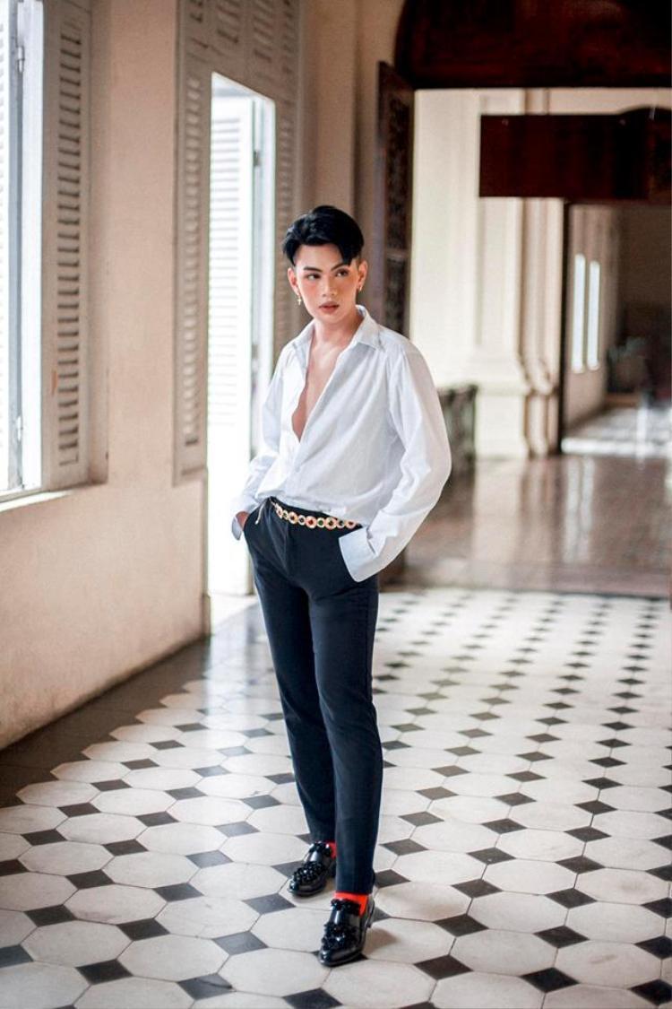 Từ khi công khai giới tính, Đào Bá Lộc chẳng e dè khi đáp trả chuyện chuyển giới