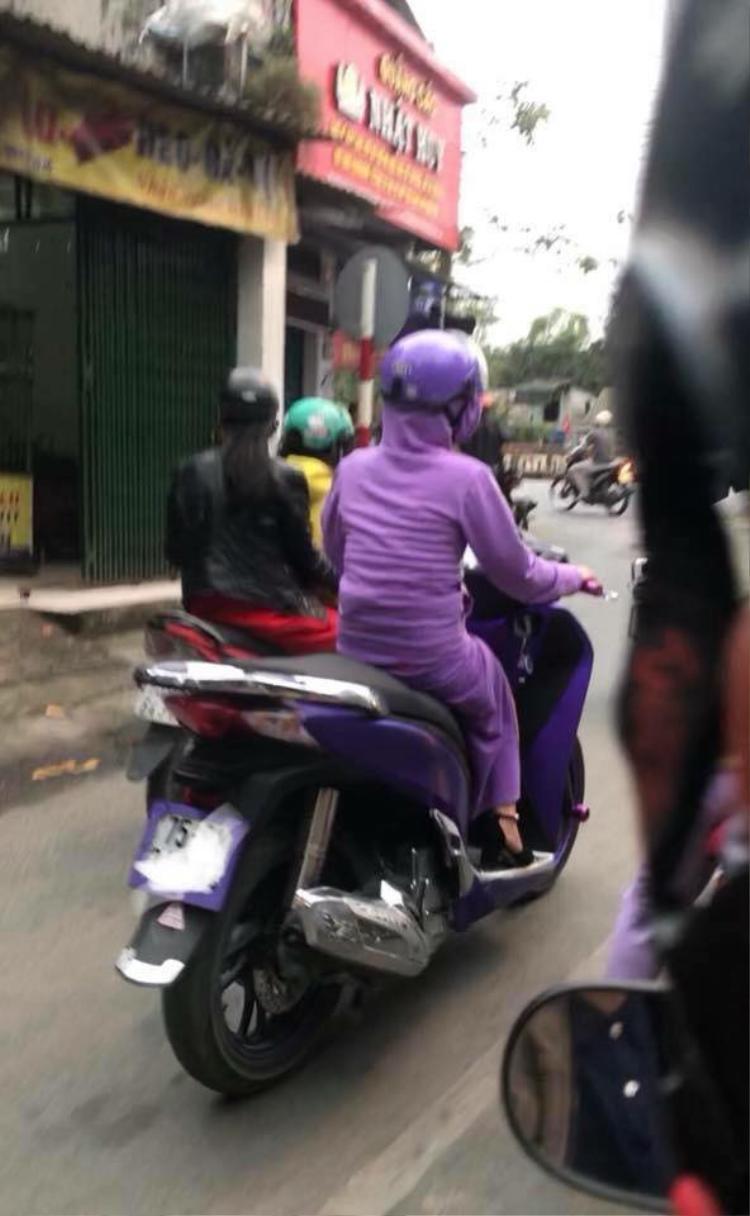 Bật cười với phong cách thời trang kiểu mới của các ninja đường phố