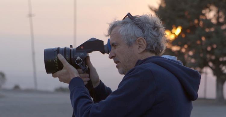 """Alfonso Cuarón đến Mexico để thực hiện những cảnh quay trong """"Roma""""."""