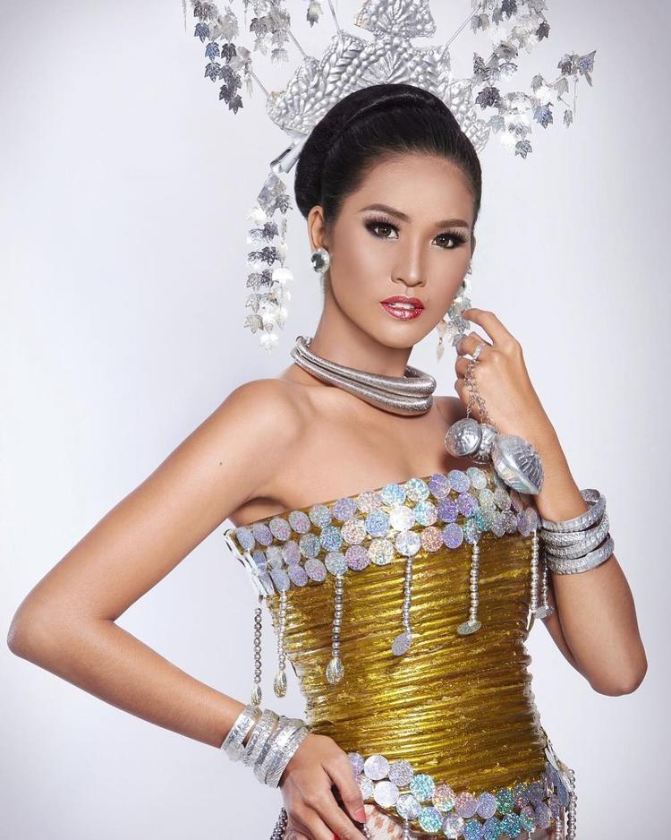 Á hậu 2 thuộc về Wilda Octaviana cô được trao quyền tham gia Miss Supranational 2018.