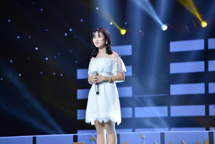 Hương Giang vừa đăng quang, Sing My Song lại bất ngờ mang đến ca khúc dành cho người chuyển giới