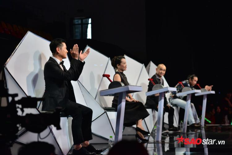 HLV Giáng Son không lựa chọn Phan Ngân vì không nghe rõ lời bài hát.