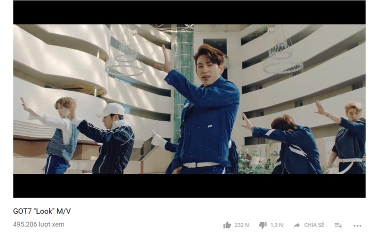 Đạt gần 500.000 view chỉ sau 1 giờ, hứa hẹn sẽ lập nên nhiều thành tích trên Youtube.