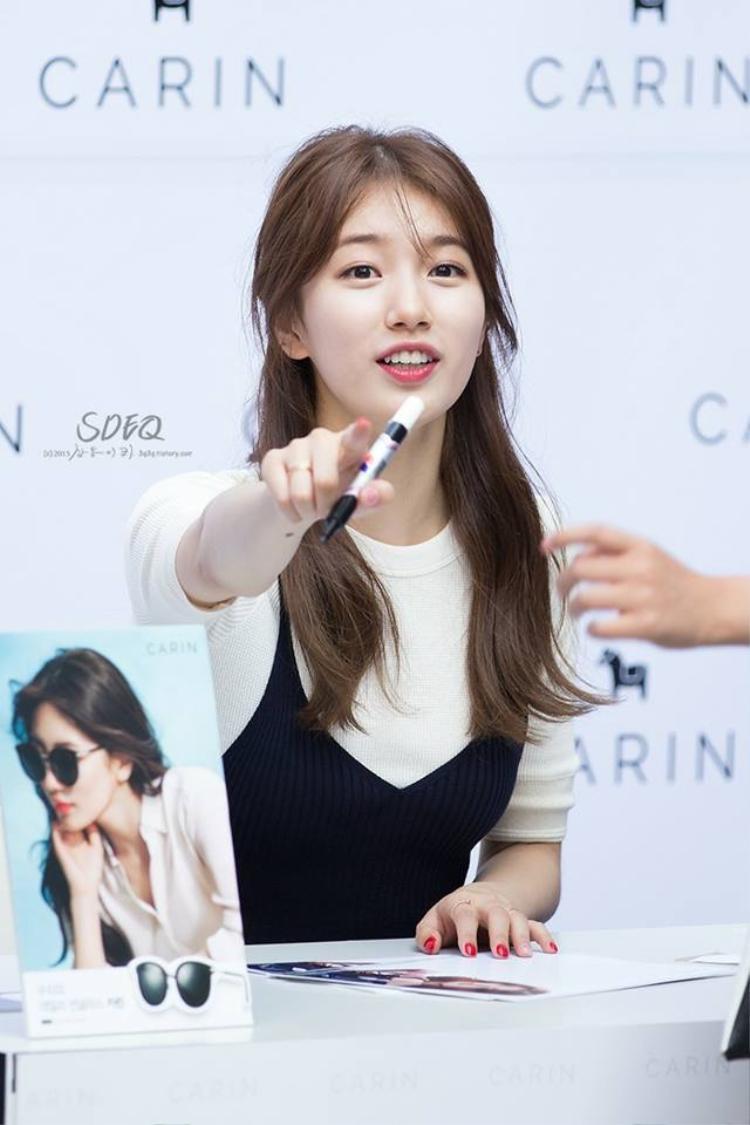 Ăn mặc đơn giản và sử dụng son hồng, có phải Suzy một trong những người đẹp giản dị cực kỳ không?