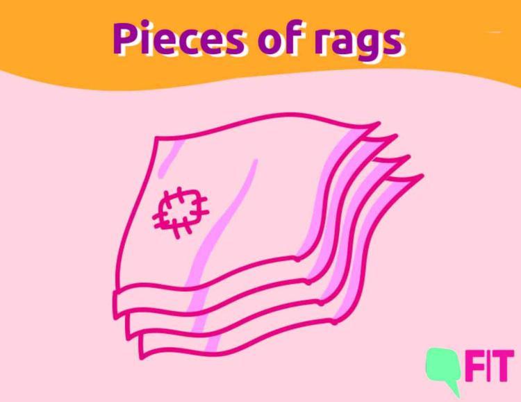 Tấm lót được vá từ nhiều mảnh vải rách là một trong những lựa chọn của người phụ nữ xưa kia trong ngày đèn đỏ.