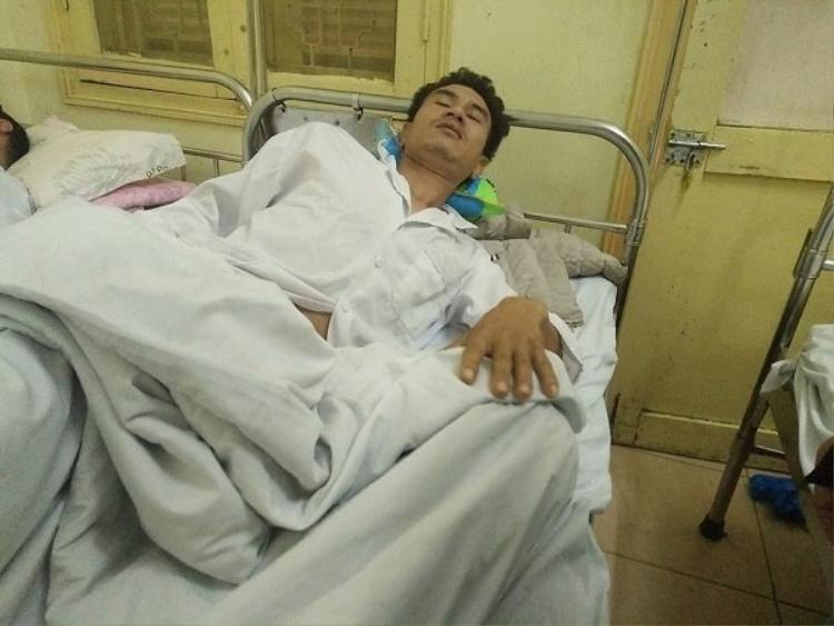 Anh Phương nhập viện trong tình trạng đa chấn thương.